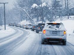 چند توصیه ی مهم قبل از رانندگی در معابر پوشیده از برف و یخ