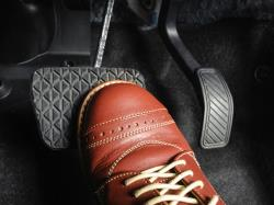 چرا کلاچ خودرو صدا میدهد؟