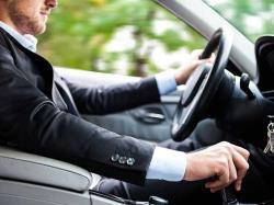 قانون حرکت (نحوه ی حرکت دادن اتومبیل)